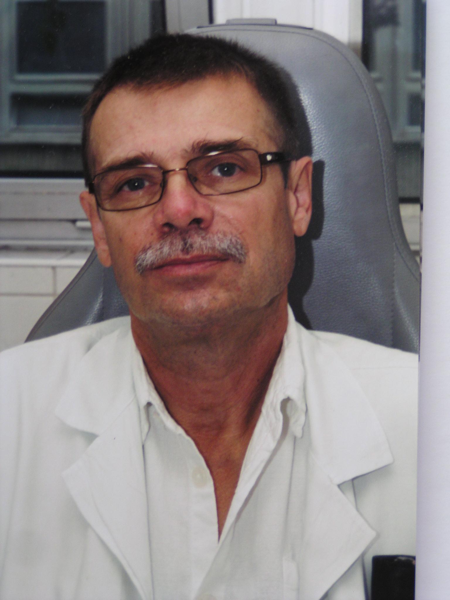 Dr. Tompos Tamás