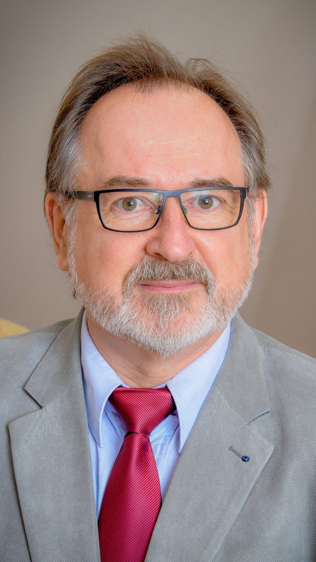Dr Hável János