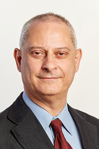 Professzor Dr Holló  Gábor