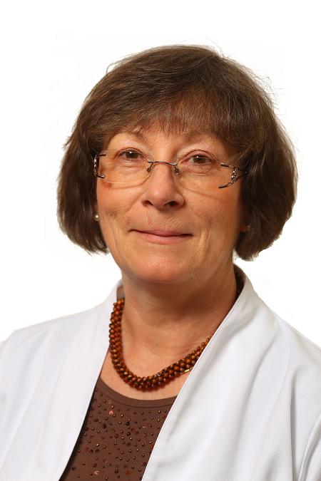 Dr. Kapocsi Judit PhD.