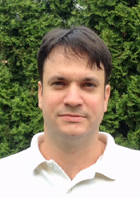 Dr. Szász Norbert