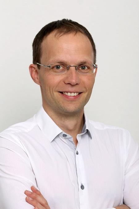 Dr. Babai László  István