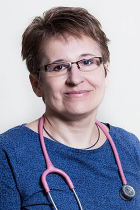 Dr. Csáki Csilla